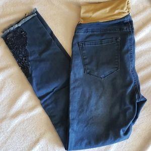 EUC Mom & Co Maternity skinny jeans size small
